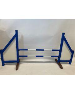 Obstacle bleu (fermé) avec deux barres à ressort et 4 supports de suspension